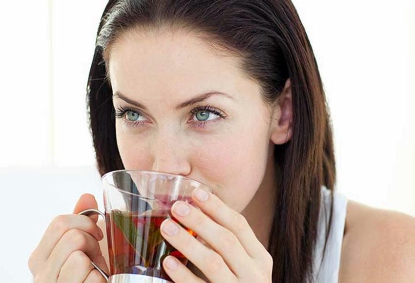 Yeşil Çayın Yaşlanmayı Azaltıcı 3 Faydası